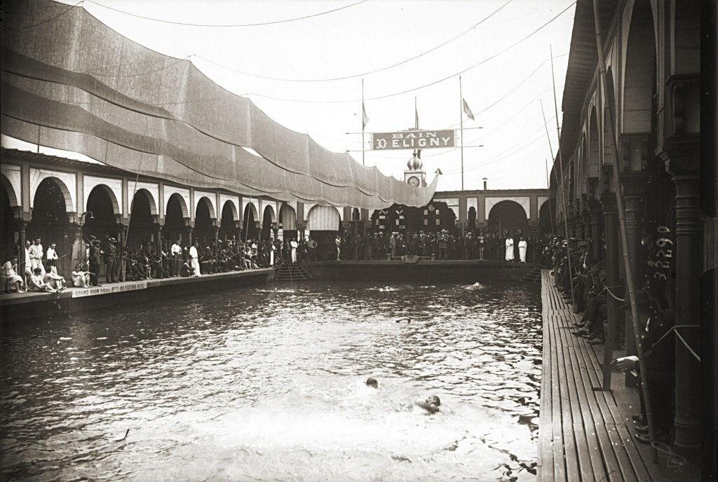 La piscine deligny mus e de chevau - Piscine plage paris asnieres sur seine ...